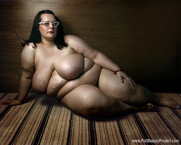 фото голые полные модели