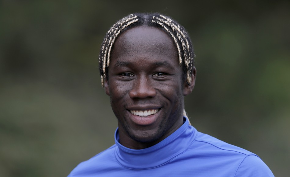 The 34-year old son of father (?) and mother(?), 176 cm tall Bacary Sagna in 2018 photo
