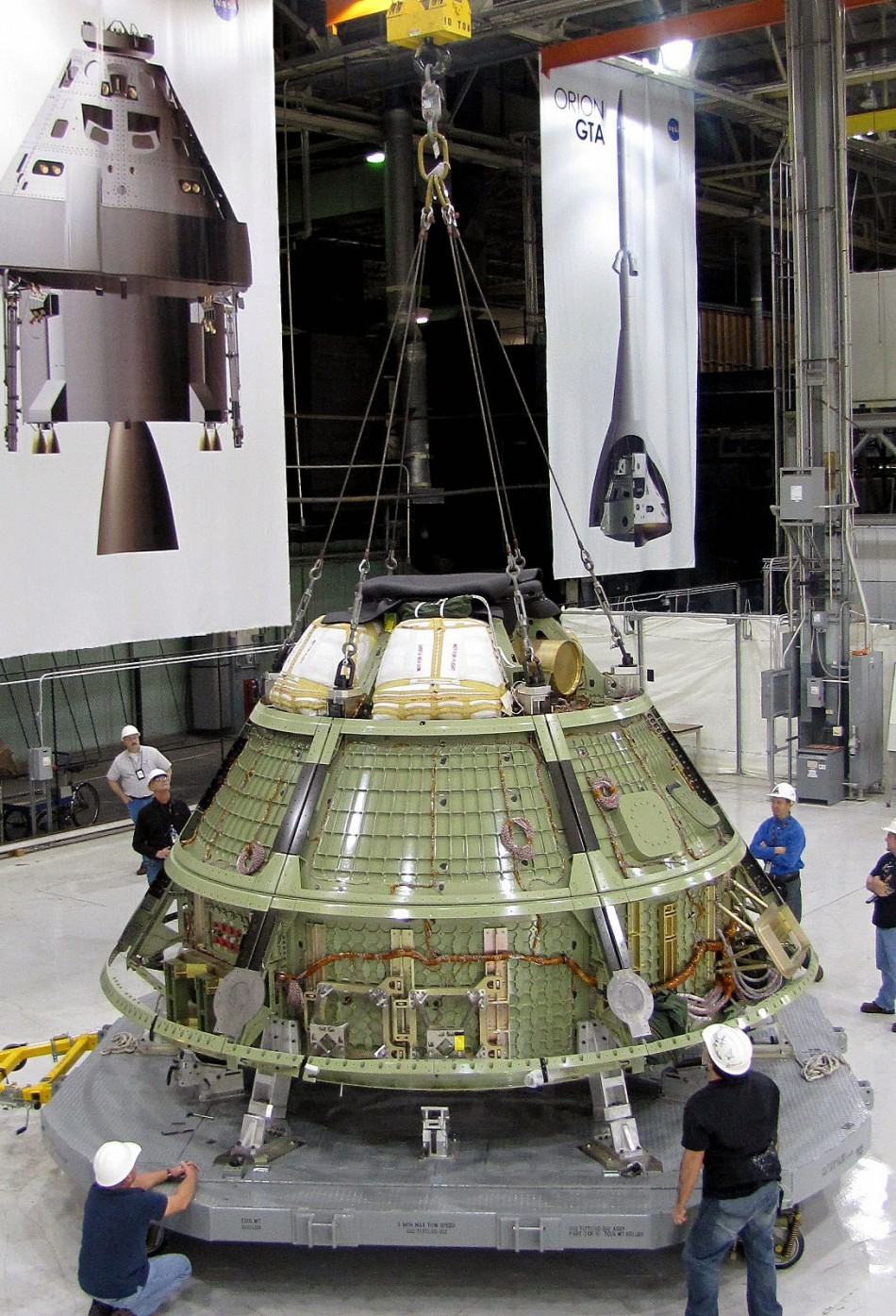 Nasa Mars Mission Gets Boost: Orion Spacecraft to be ...