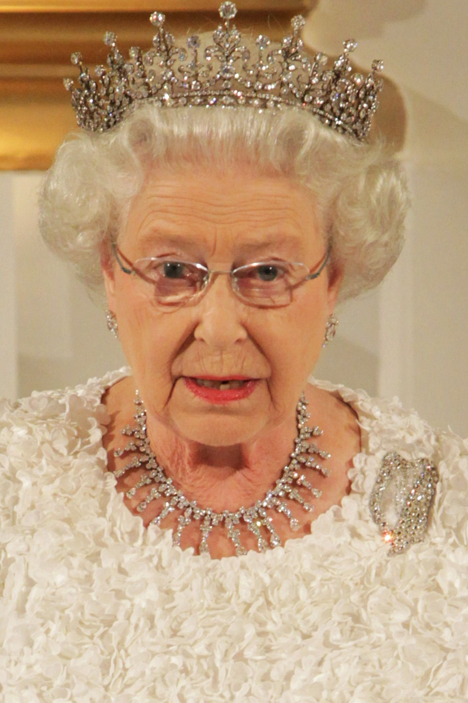 The Queen said that quotwe can all see things which we wish had been done differently or not at allquot and offered quotdeep sympathyquot in her banquet speech in Dublin Castle last night, but stopped short of an apology.