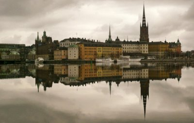 4  STOCKHOLM - Although the city lacks an aesthetic impact it is competitive in virtually every category in the report. High taxes and a lack of foreign investment hold it back.