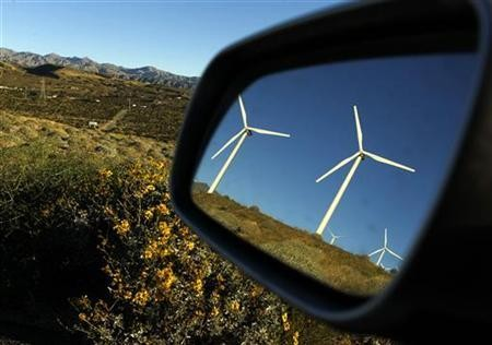 Analysis: U.S. wind growing again, but business still choppy