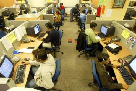 Report: Bolting Out of the Desk is a Must for Health of Office Workers