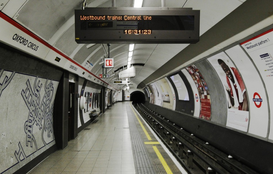 Live World Cup Scores on London Underground