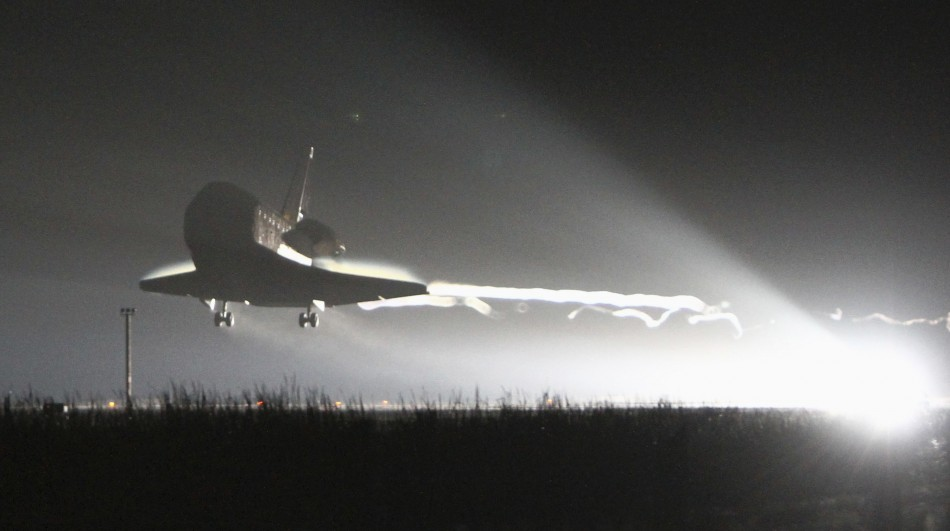 Space shuttle Endeavour lands at the Kennedy Space Center in Cape Canaveral, Florida June 1, 2011