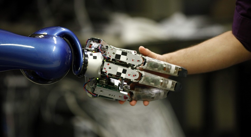 IPad and PlayStation 3 Maker to Replace Staff with Robots