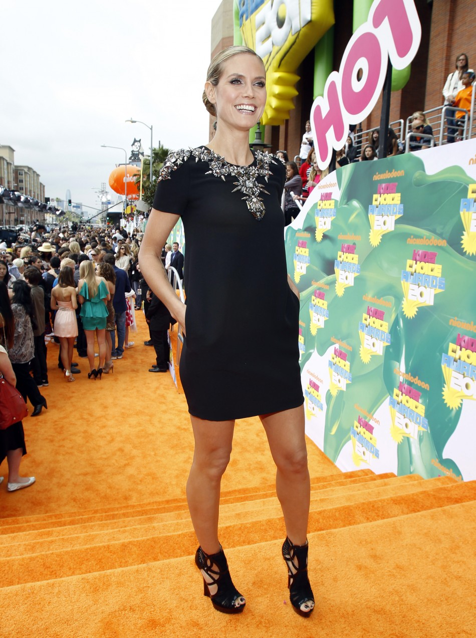 Model Klum poses at the 24th annual Nickelodeon Kids039 Choice Awards in Los Angeles