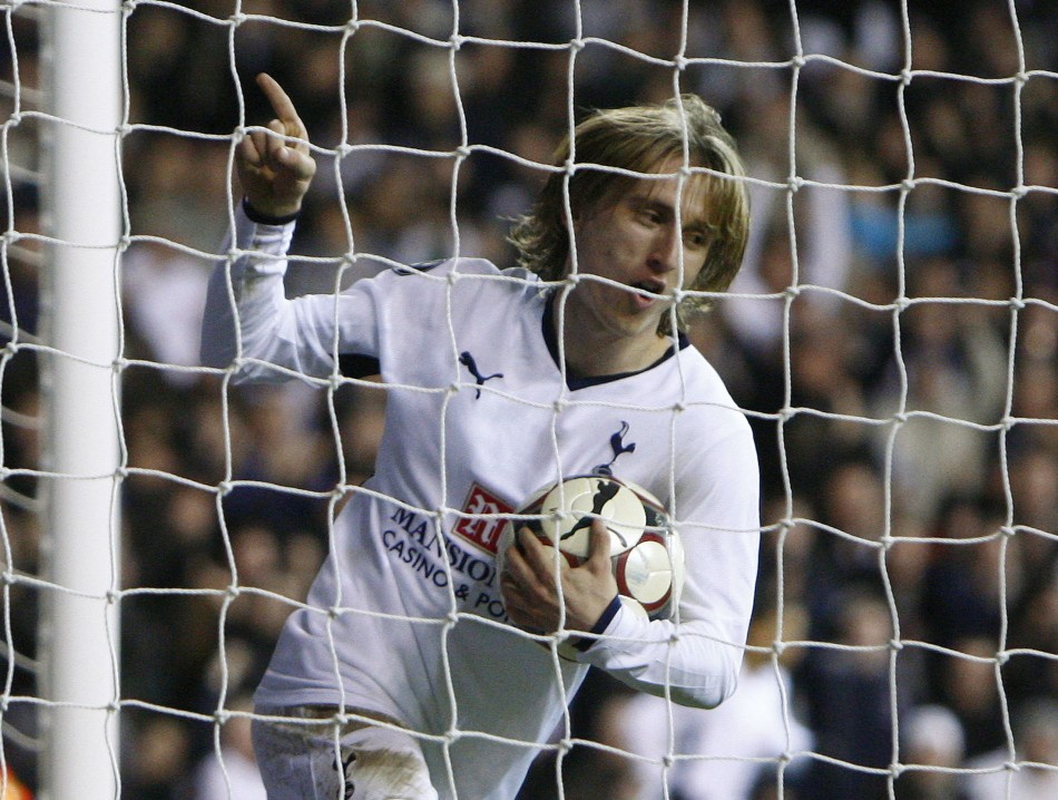 Manchester United offer Berbatov as bait to land Luca Modric?