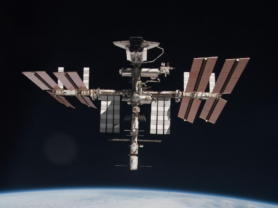 The International Space Station and the Docked Space Shuttle Endeavour Pose in the Space [PHOTOS]