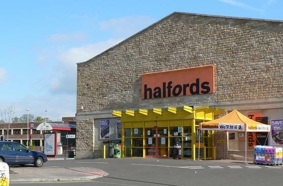 Halfords store, Savins Mill Way, Kirkstall