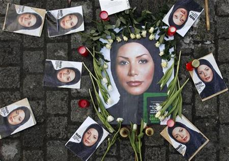 Pictures of the Iranian woman Neda Agha-Soltan