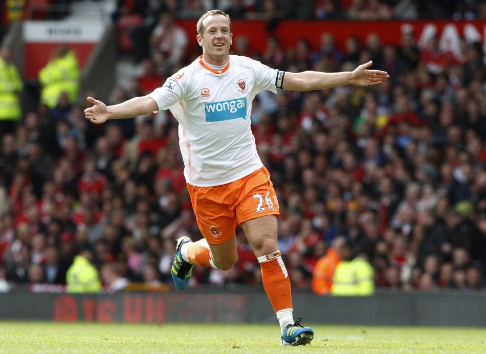 Villa set to hijack Charlie Adam deal