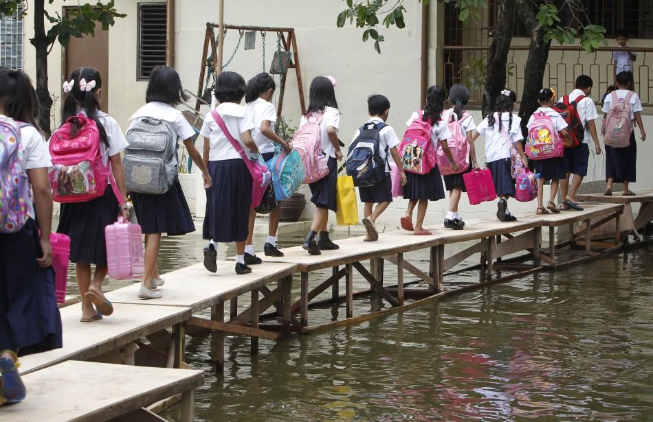 Girls from manila - 2 part 1