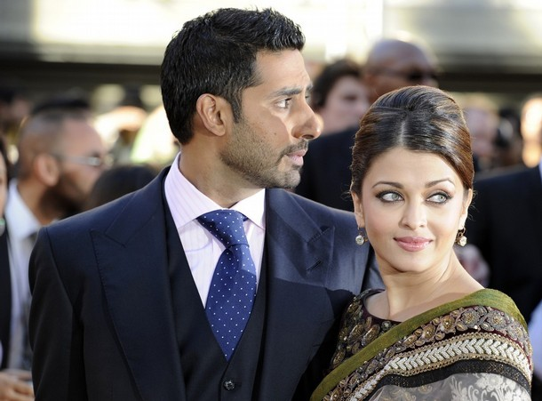 Married Bollywood couple Abishek Bachchan L and Aishwayra Rai Bachchan arrive for the world premiere of their film Raavan at the BFI in London, June 16, 2010.