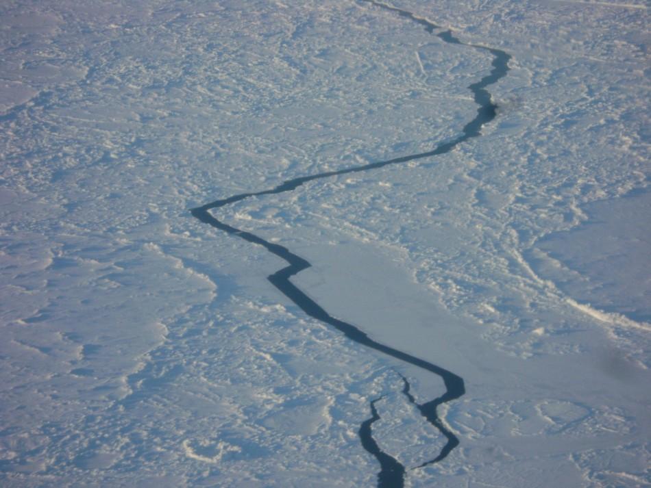 Northwest Passage, Ice Near the North Pole