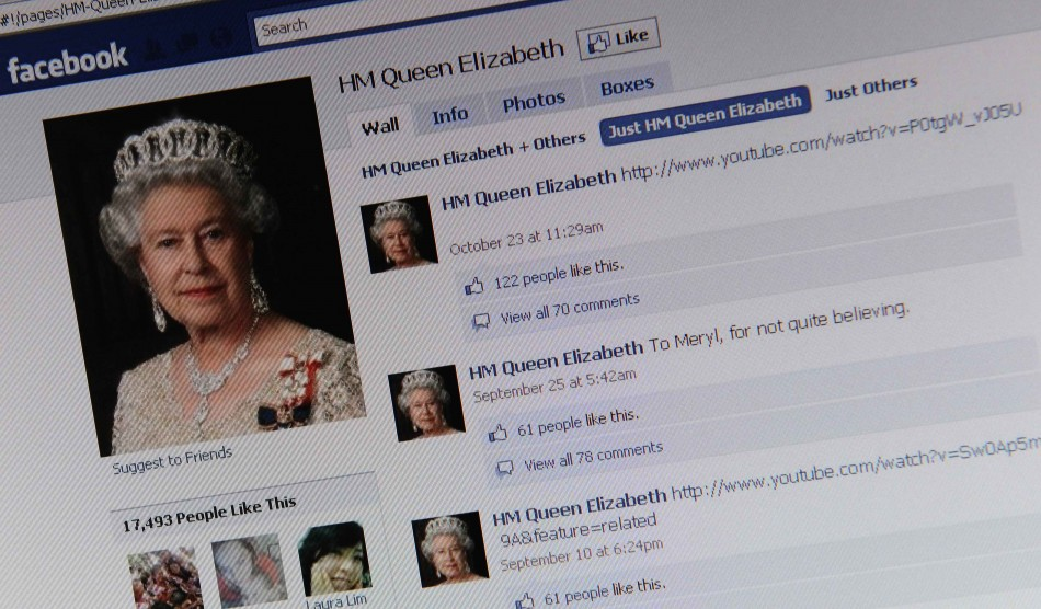 The Facebook page of Britain's Queen Elizabeth is shown on a computer screen in London November 8, 2010.