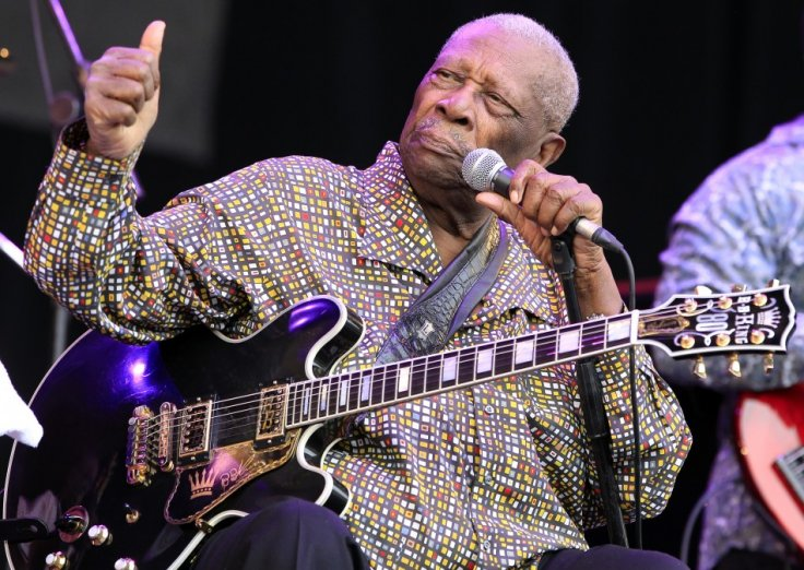 U.S. blues guitarist BB King plays at the Pyramid Stage on the third day of the Glastonbury Festival in Worthy Farm, Somerset June 24, 2011.