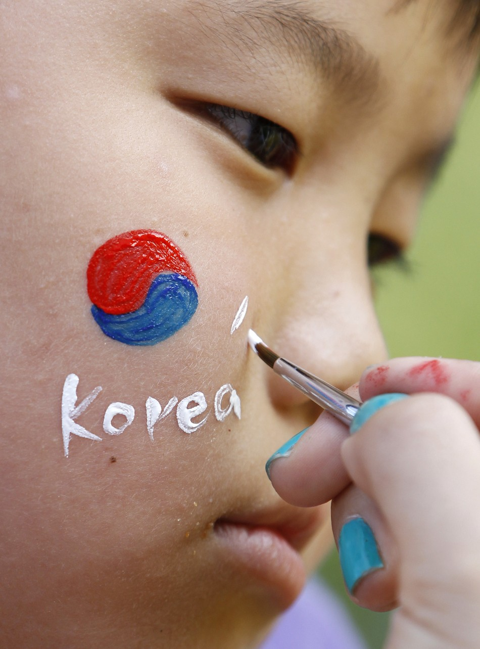 In the latest report released by South Korea's National Police Agency, the crimes committed by adolescents went up.