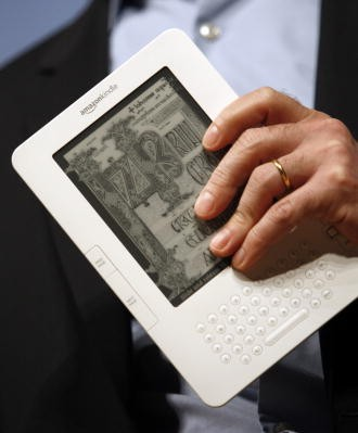 Amazon to launch own tablet