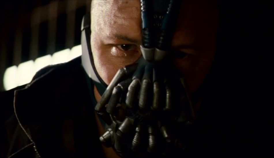 Dark Knight Rises: Latest Pictures of Batman, Bane and Others.