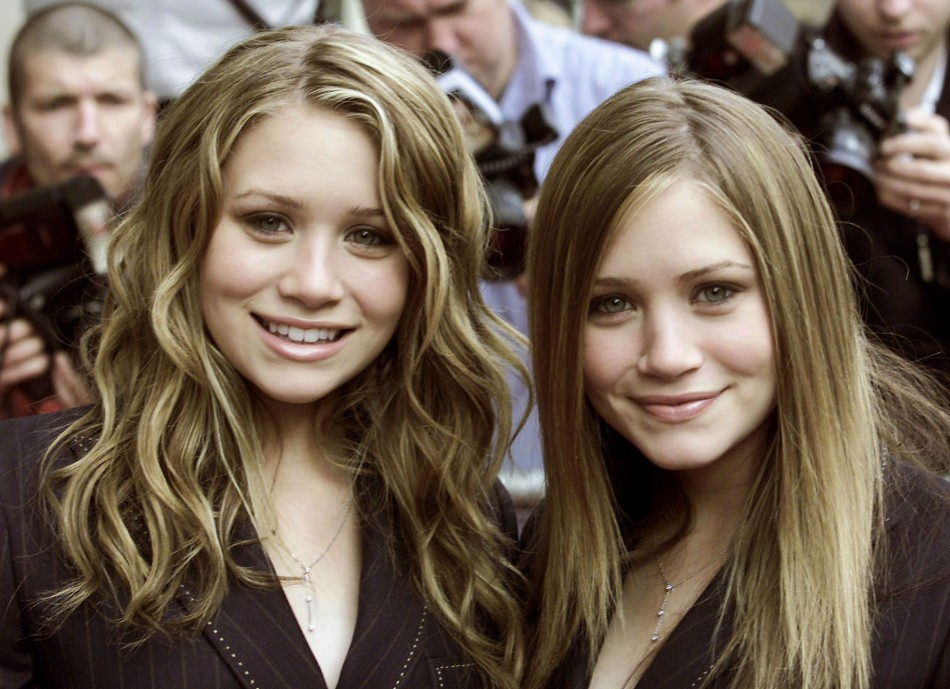 U.S. TWIN SISTERS MARY-KATE AND ASHLEY OLSEN ARRIVE AT THE AVENUE IN LONDON.