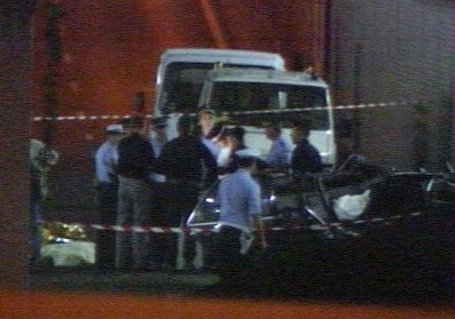No evidence SAS shone light on car to cause crash which killed Princess Diana PIC: Reuters