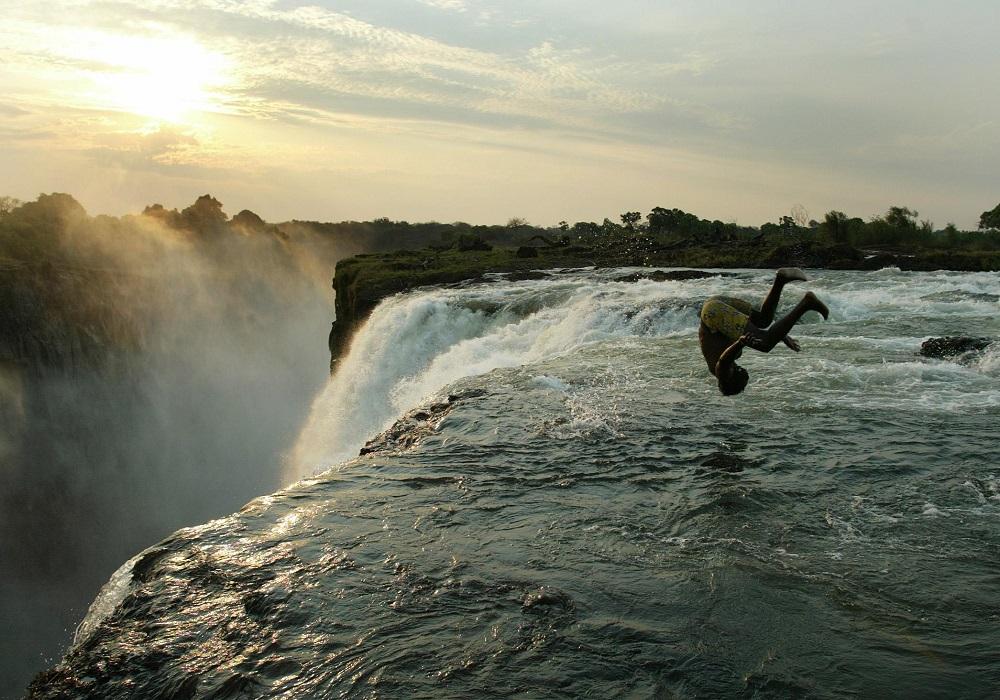 Zimbabwe To Rename Victoria Falls In Anti Colonial Bid