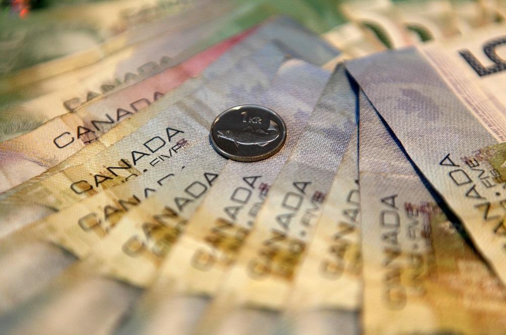 Canadian Gives Away Lottery Jackpot