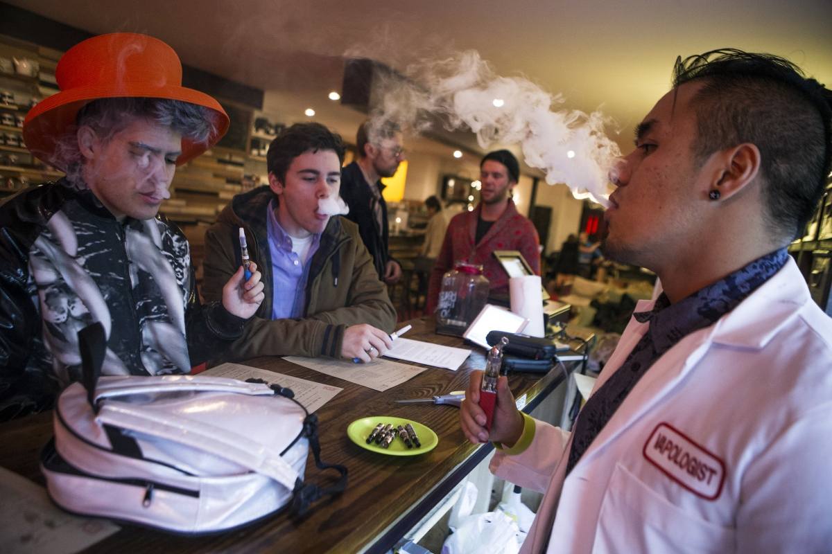Outlets in New York such as the Henley Vaporium sell e-cigerettes and are known as Vape Bars