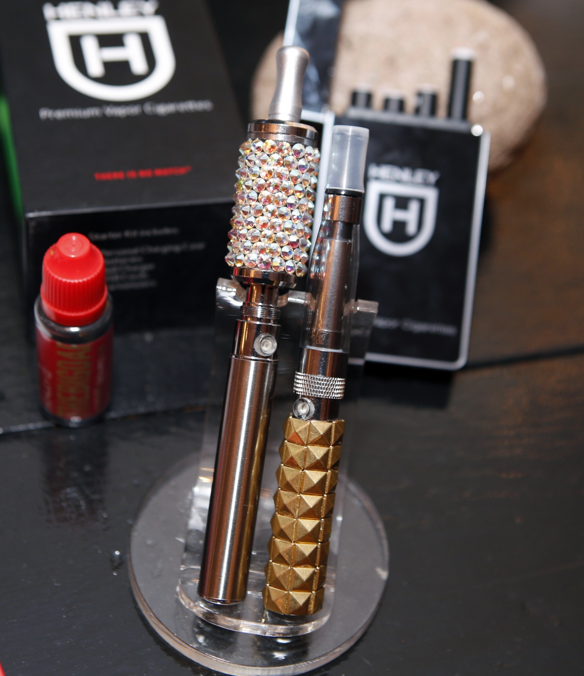 'Vaping' is growing more popular in New York with individualised vaporizers on sale