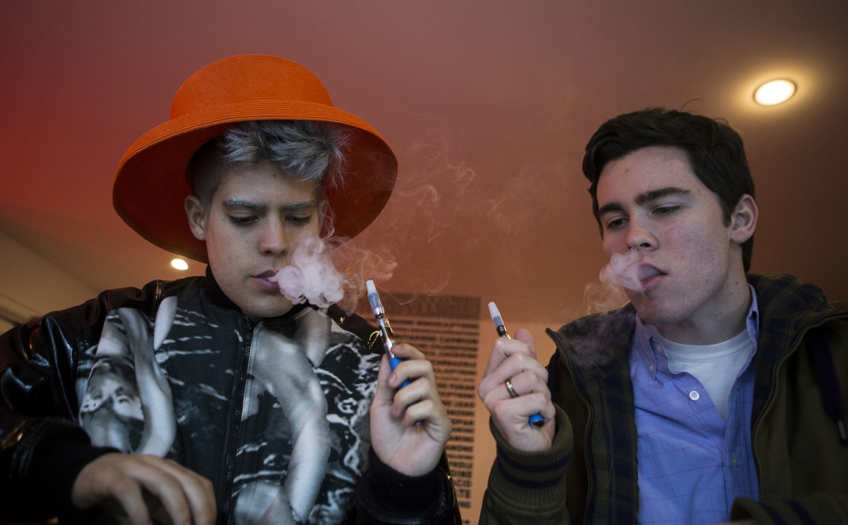 Some lawmakers  want to ban Vape bars for sending mixed messages about smoking