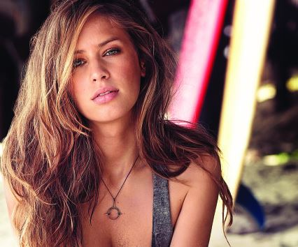 Dylan Penn has finally opened up the reports linking her to Robert Pattinson in the January issue of GQ magazine.