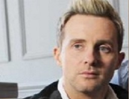 Ian H Watkins furious after being mistaken for paedophile Losprophets singer again