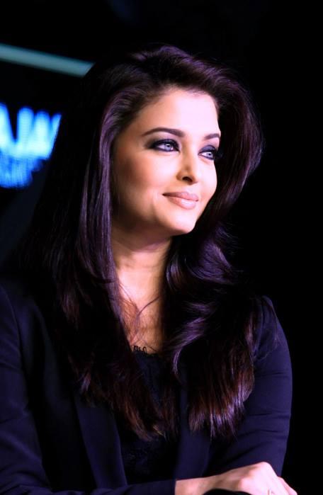 Aishwarya Rai attends the launch of L'Oreal Paris new Kajal Magique in Mumbai.