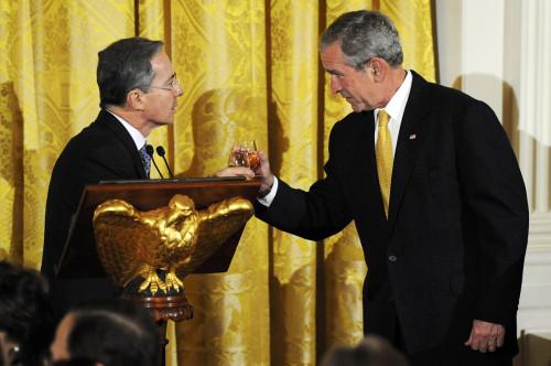 Bush and Uribe