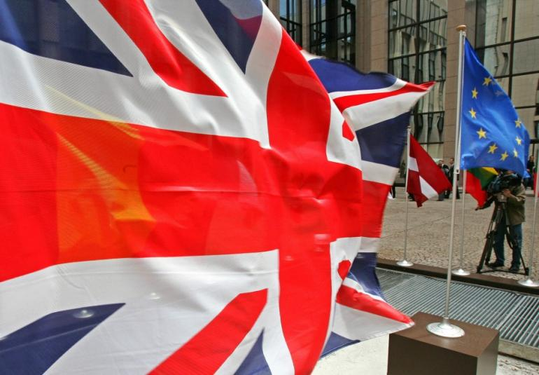 Romanians and Bulgarians Will Not Flood UK in 2014