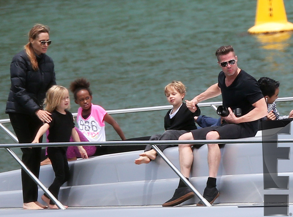 Brad Pitt and Angelina Jolie on Family Holiday for Christmas