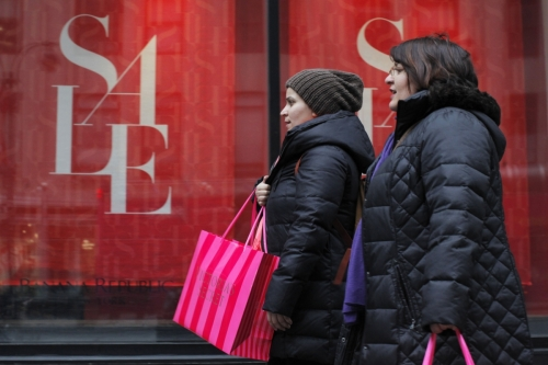 UK Retailers Slashed Pre-Christmas Prices by Largest Amount in 7 Years