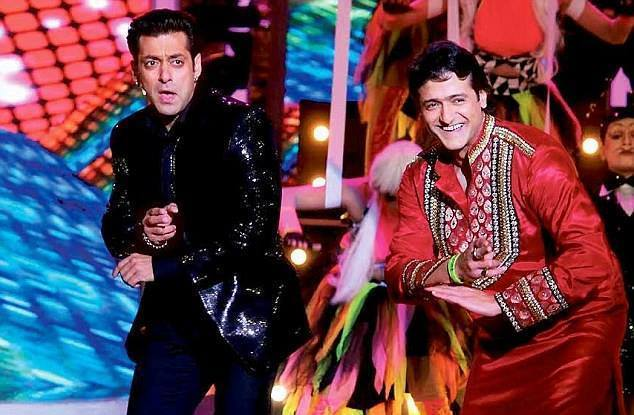 Salman Khan and Armaan Kohli perform in Bigg Boss 7 Grand Finale