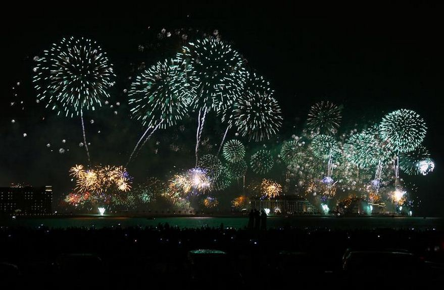Fireworks explode in the sky over Dubai, January 1, 2014, during an attempt to break the Guinness World Record for the 'Largest Firework Display'.