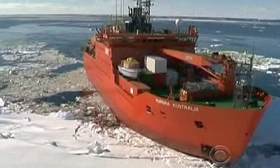 Passengers of Trapped Antarctic Ship Rescued