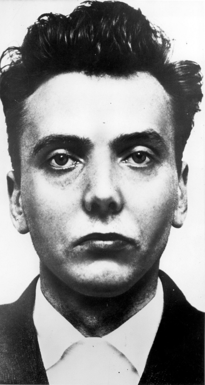Convicted child murderer Ian Brady was jailed for life in 1966. A letter written by Brady is available for sale at a price of £82.