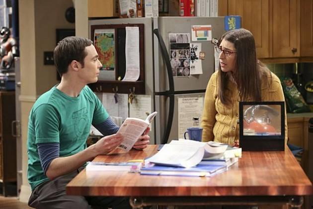 Sheldon and Amy in Big Bang Theory season 7
