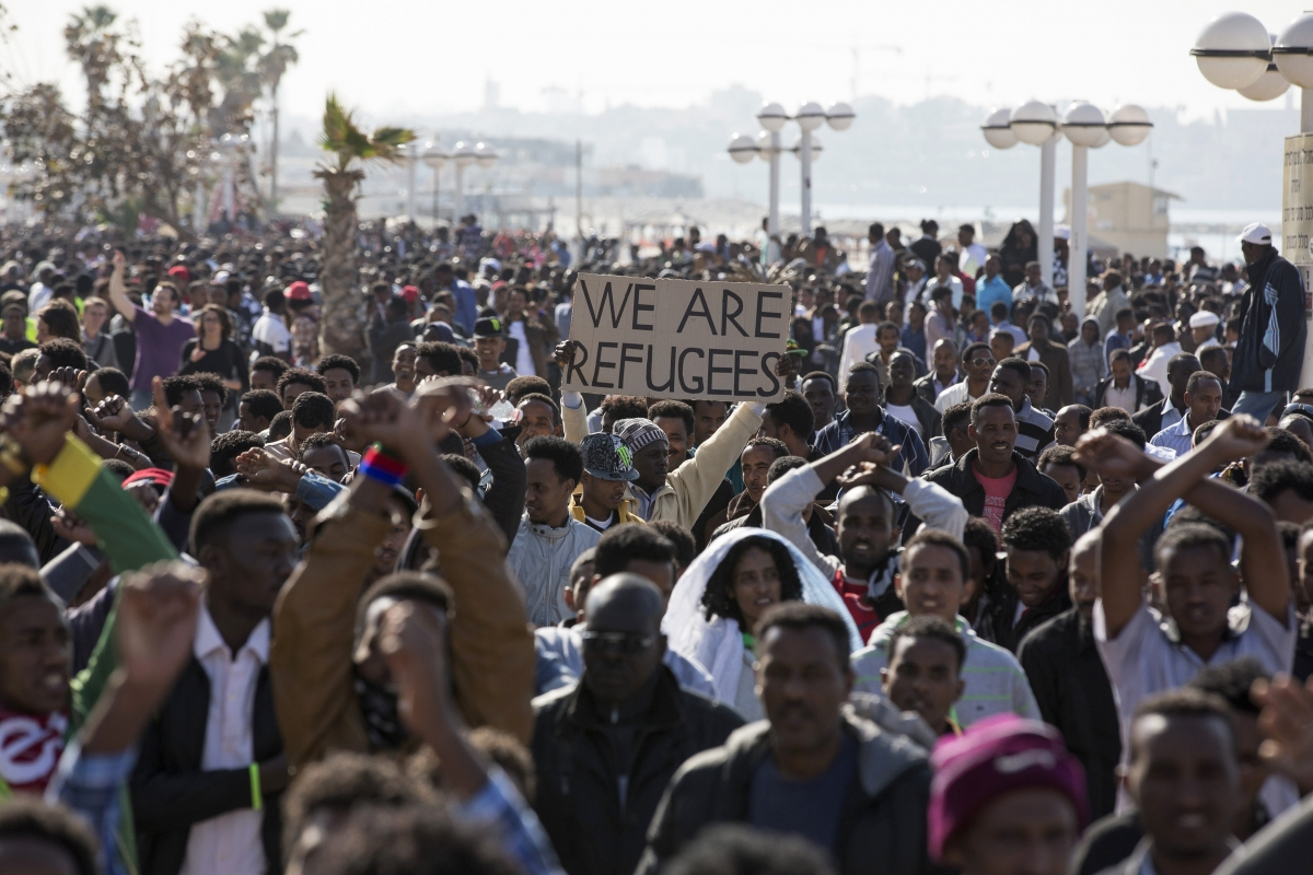 Thousands of African Migrants in Tel Aviv Protest Asylum ...