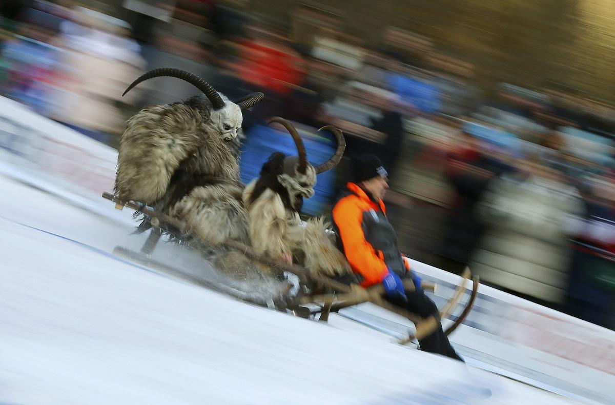 sledge race