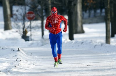 snow spiderman