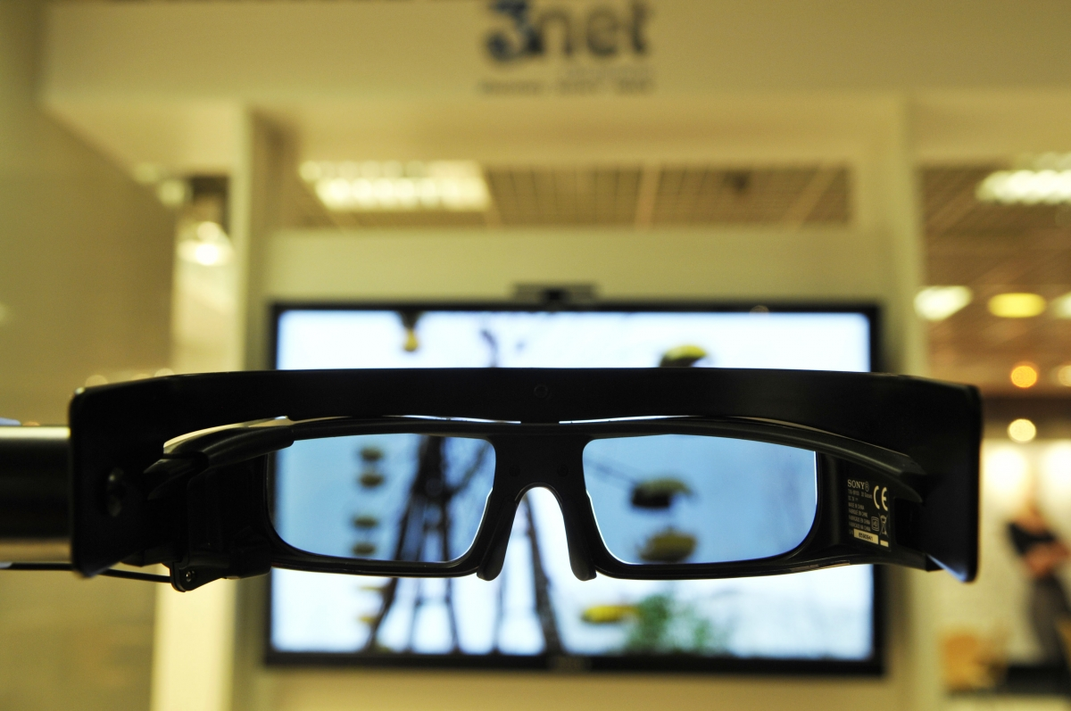 3D television and glasses