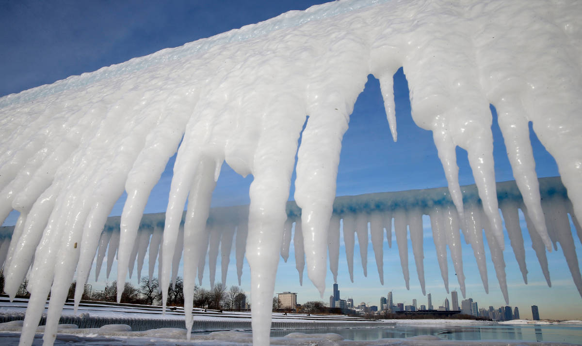 weather chicago icicles
