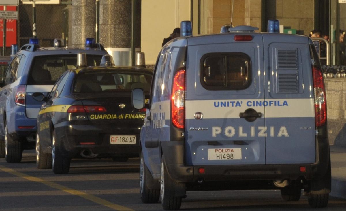 Italian police arrest grillo milan
