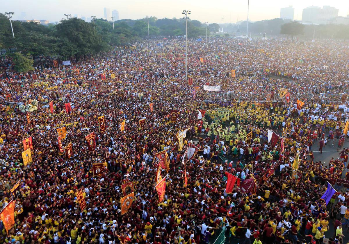 Black Nazarene crowds